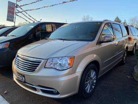 2014 Chrysler Town and Country for sale at WOLF'S ELITE AUTOS in Wilmington DE