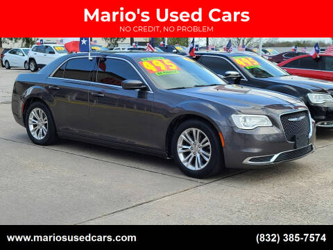 2017 Chrysler 300 for sale at Mario's Used Cars in Houston TX