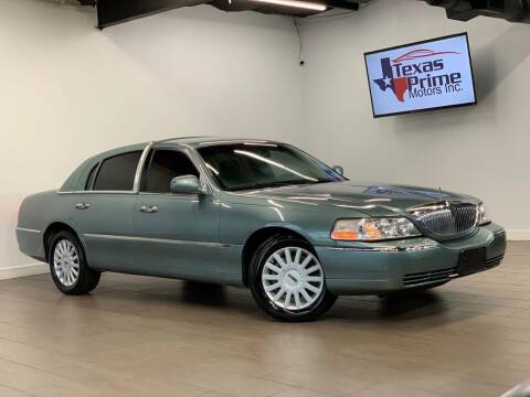 2005 Lincoln Town Car for sale at Texas Prime Motors in Houston TX
