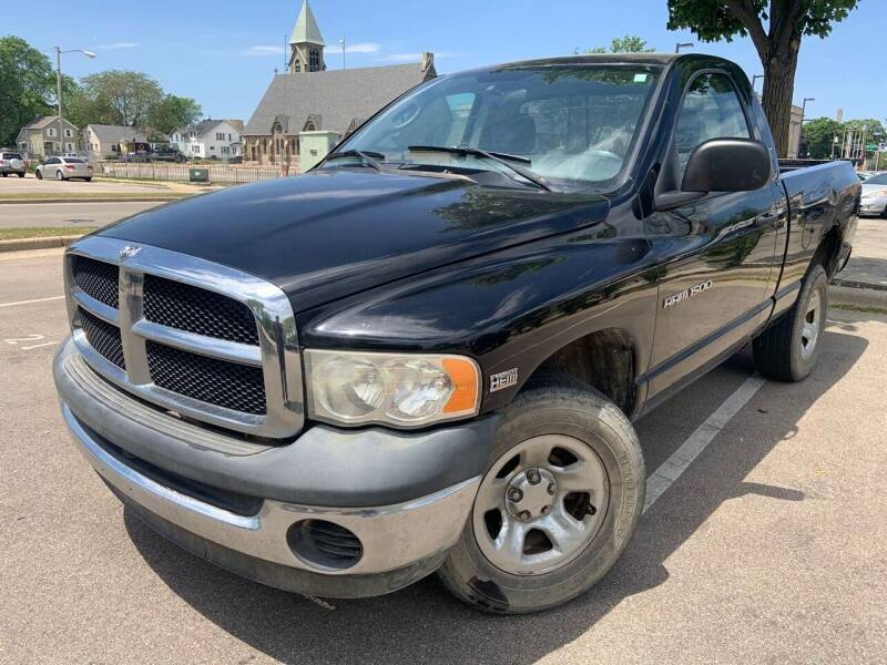 2004 Dodge Ram Pickup 1500 for sale at Your Car Source in Kenosha WI