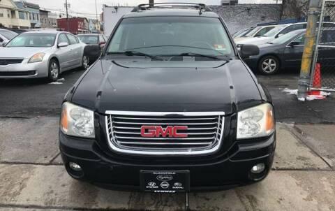 2006 GMC Envoy XL for sale at SUNSHINE AUTO SALES LLC in Paterson NJ
