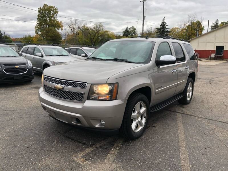 2008 Chevrolet Tahoe for sale at Dean's Auto Sales in Flint MI