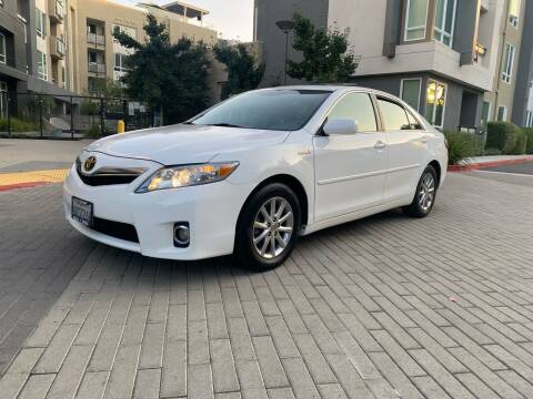 2010 Toyota Camry Hybrid for sale at Ronnie Motors LLC in San Jose CA