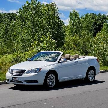 2011 Chrysler 200 Convertible for sale at R & R AUTO SALES in Poughkeepsie NY
