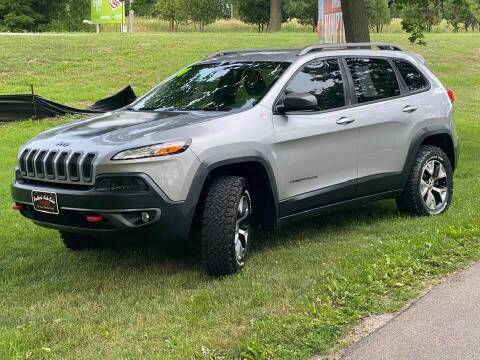 2014 Jeep Cherokee for sale at BROTHERS AUTO SALES in Hampton IA