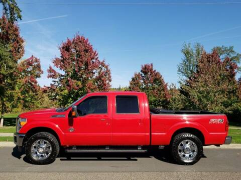 2014 Ford F-250 Super Duty for sale at CLEAR CHOICE AUTOMOTIVE in Milwaukie OR