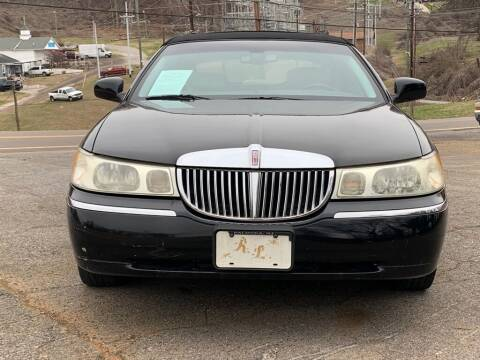 2002 Lincoln Town Car for sale at Car ConneXion Inc in Knoxville TN