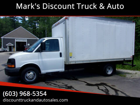 2006 Chevrolet Express Cutaway for sale at Mark's Discount Truck & Auto in Londonderry NH