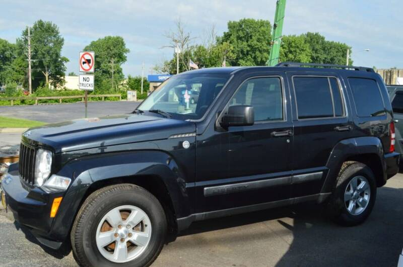 2009 Jeep Liberty for sale at Performance Motor Cars in Washington Court House OH