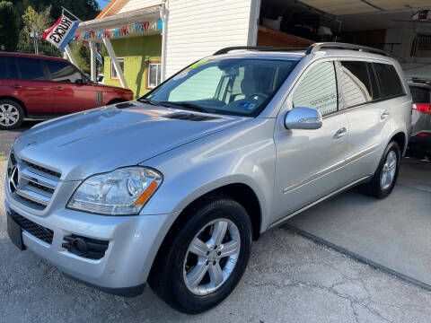 2007 Mercedes-Benz GL-Class for sale at PIONEER USED AUTOS & RV SALES in Lavalette WV