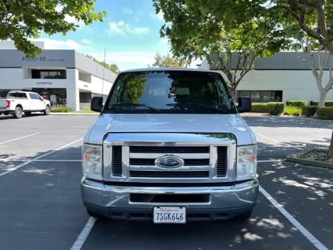2012 Ford E-Series Wagon for sale at Hi5 Auto in Fremont CA
