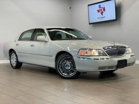 2006 Lincoln Town Car for sale at TX Auto Group in Houston TX