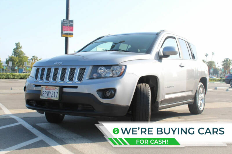 2016 Jeep Compass for sale at FJ Auto Sales North Hollywood in North Hollywood CA