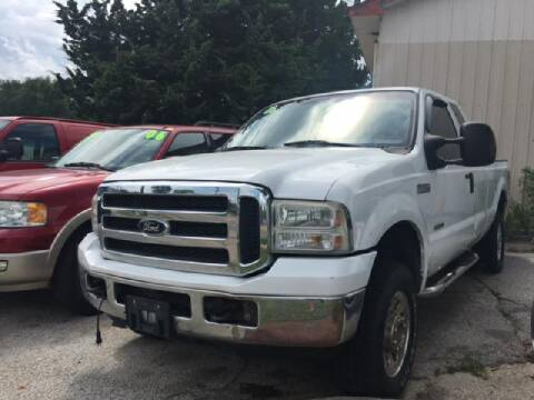 2006 Ford F-250 Super Duty for sale at ALVAREZ AUTO SALES in Des Moines IA