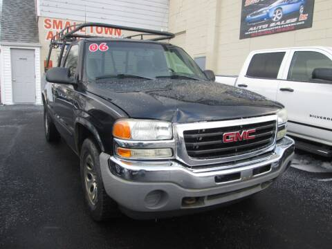 2006 GMC Sierra 1500 for sale at Small Town Auto Sales in Hazleton PA