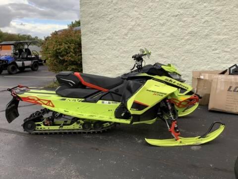 2020 Ski-Doo Renegade® X-RS® Rota