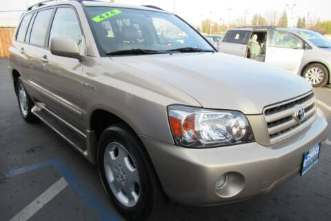 2004 Toyota Highlander for sale at Choice Auto & Truck in Sacramento CA