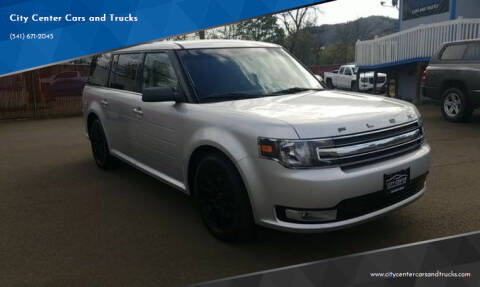 2013 Ford Flex for sale at City Center Cars and Trucks in Roseburg OR