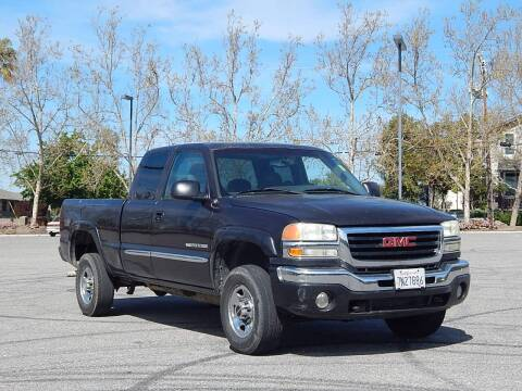 2004 GMC Sierra 2500HD for sale at Crow`s Auto Sales in San Jose CA