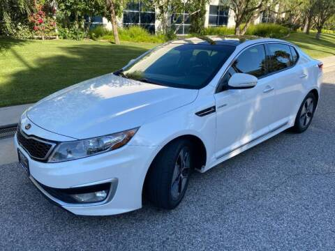 2013 Kia Optima Hybrid for sale at Donada  Group Inc in Arleta CA