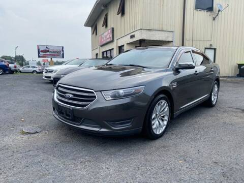2015 Ford Taurus for sale at Premium Auto Collection in Chesapeake VA