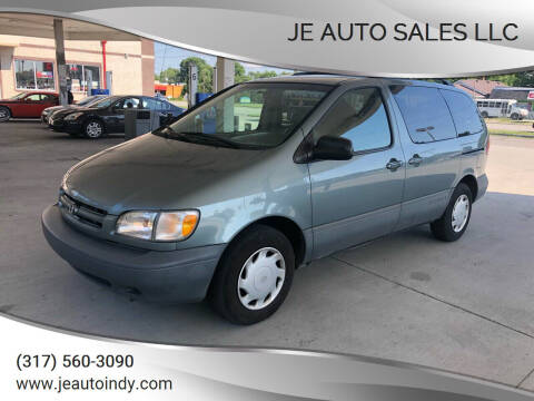 2000 Toyota Sienna for sale at JE Auto Sales LLC in Indianapolis IN