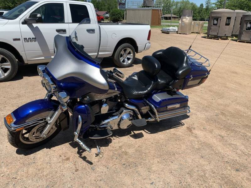 2007 HARLEY DAVIDSON FLHTCU for sale at Yachs Auto Sales and Service in Ringle WI