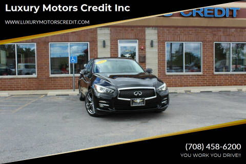 2015 Infiniti Q50 for sale at Luxury Motors Credit Inc in Bridgeview IL