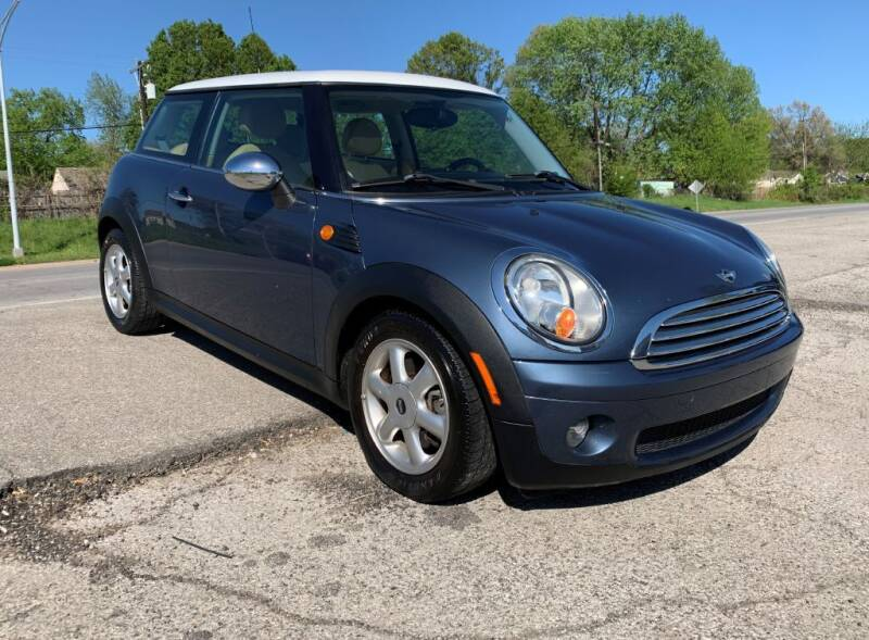 2010 MINI Cooper for sale at InstaCar LLC in Independence MO