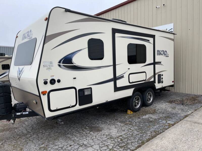 2018 Forest River FLAGSTAFF FLT21FBRS for sale at Mel's Motors in Nixa MO