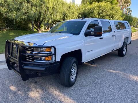 2018 Chevrolet Silverado 3500HD for sale at Donada  Group Inc in Arleta CA