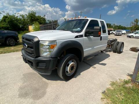2013 Ford F-450 Super Duty for sale at RODRIGUEZ MOTORS CO. in Houston TX