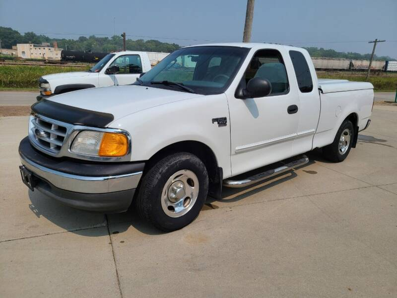 2004 Ford F-150 Heritage for sale at J & J Auto Sales in Sioux City IA