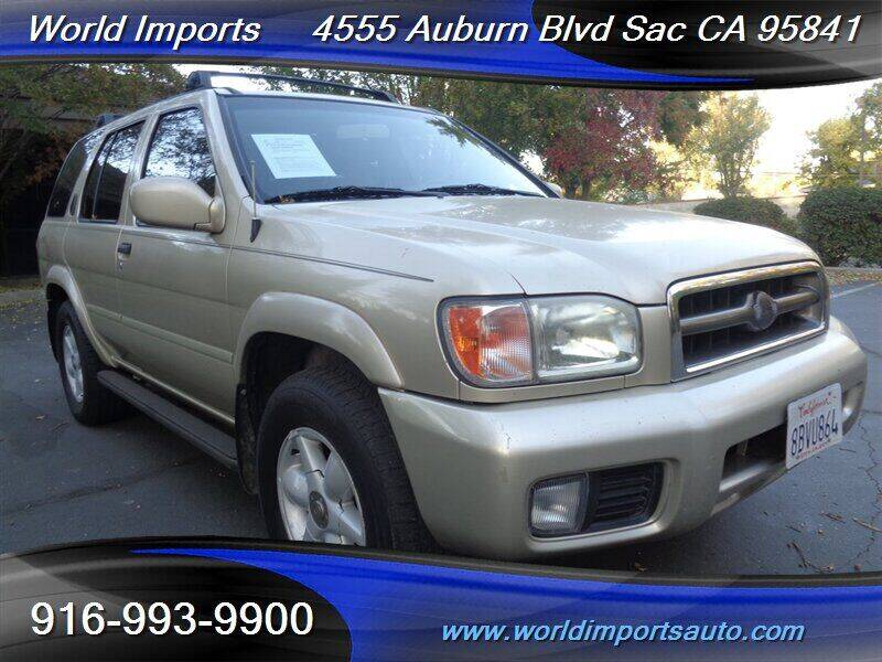 2000 Nissan Pathfinder for sale at World Imports in Sacramento CA