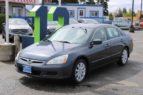 2006 Honda Accord for sale at BAYSIDE AUTO SALES in Everett WA