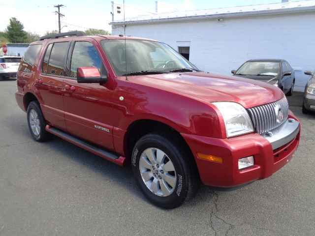 2007 Mercury Mountaineer for sale at Purcellville Motors in Purcellville VA
