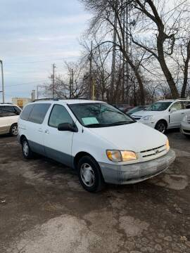 2000 Toyota Sienna for sale at Big Bills in Milwaukee WI