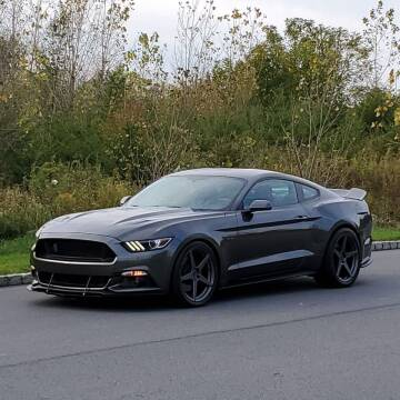 2015 Ford Mustang for sale at R & R AUTO SALES in Poughkeepsie NY