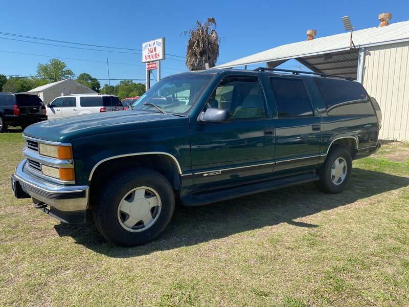 1999 Chevrolet Suburban for sale at M & M Motors in Angleton TX