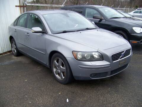 2005 Volvo S40 for sale at Collector Car Co in Zanesville OH