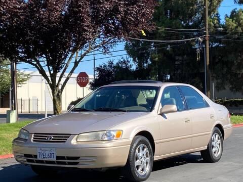 1998 Toyota Camry for sale at AutoAffari LLC in Sacramento CA