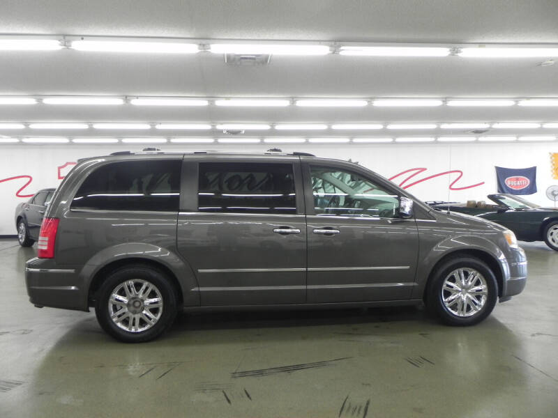 2010 Chrysler Town and Country for sale at Car Now in Mount Zion IL