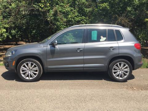 2013 Volkswagen Tiguan for sale at M AND S CAR SALES LLC in Independence OR