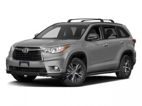 2016 Toyota Highlander for sale at Certified Luxury Motors in Great Neck NY