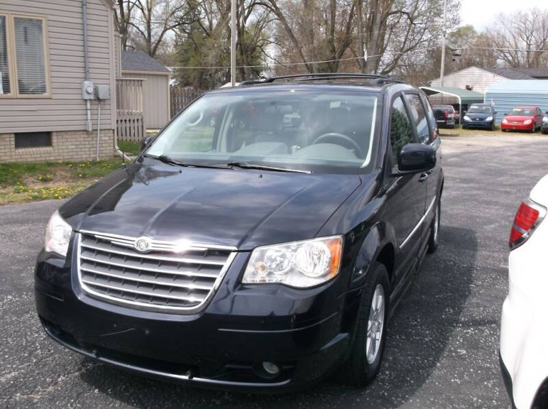 2010 Chrysler Town and Country for sale at Straight Line Motors LLC in Fort Wayne IN