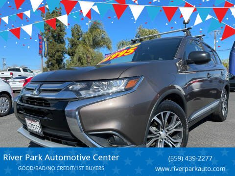 2018 Mitsubishi Outlander for sale at River Park Automotive Center in Fresno CA