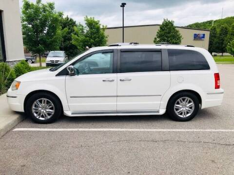2010 Chrysler Town and Country for sale at ALL AMERICAN AUTO MART in Edwardsville KS