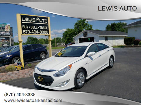 2014 Hyundai Sonata Hybrid for sale at LEWIS AUTO in Mountain Home AR