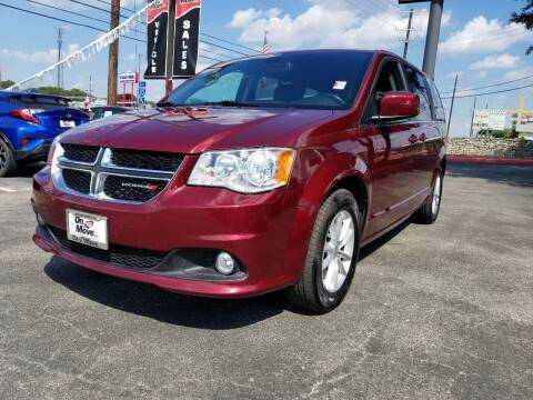 2019 Dodge Grand Caravan for sale at ON THE MOVE INC in Boerne TX