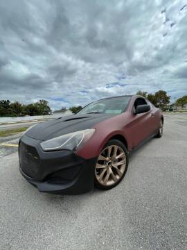 2013 Hyundai Genesis Coupe for sale at Easy Finance Motors in West Park FL